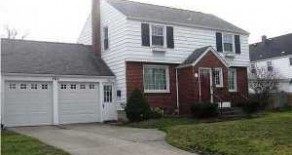 AVAILABLE OCTOBER – Excellent Single Family Home in Amherst